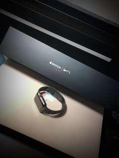 42mm 3G Apple Watch x Nike series 3