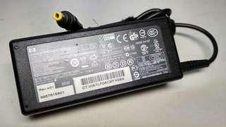 Charger Cas Adaptor Laptop Hp original type small 18.5V 3.5A
