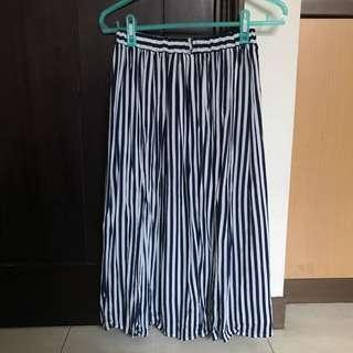 🚚 藍白條紋長裙