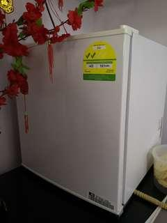 LG Mini Bar Fridge GR-051SSF