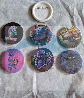 Fortnite Badges (Raven, Llama, Raptor and Rust Lord)