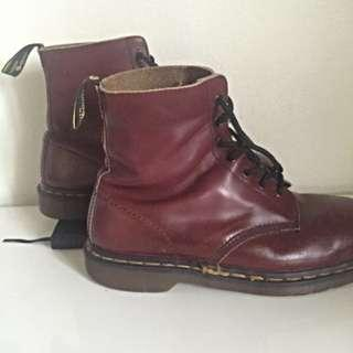 Authentic Vintage Dr. Martens Size 7UK
