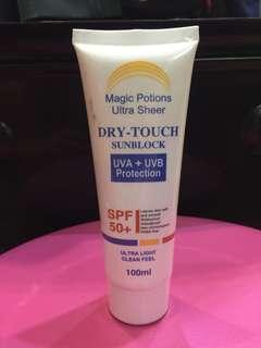 MAGIC POTIONS Ultra Sheer Dry-Touch Sunblock SPF50