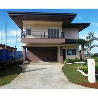 For Sale: 2 Storey House and Lot in Sun Valley Estate Golf and Residential Estate