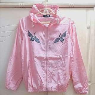🌟 清屋 ! 包平郵 ! 全新 日本風 印花 粉紅色 防曬 薄 風褸 外套 SIZE M
