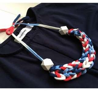 🚚 Handmade t-shirt yarn necklace - red white and blue