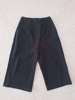 Pre loved Love bonito kulot black pants size S