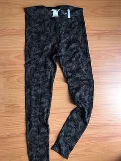 (Sale) BN H&M leggings (9-10y)