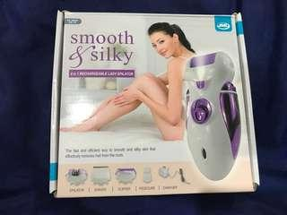 Smooth & Silky 4 in 1 rechargeable Epilator