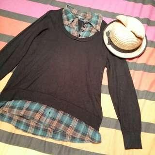 HK Black & Teal Schoolgirl Sweater