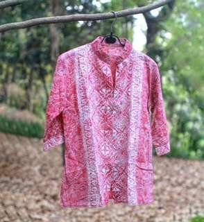 #MauiPhoneX Peach batik blouse
