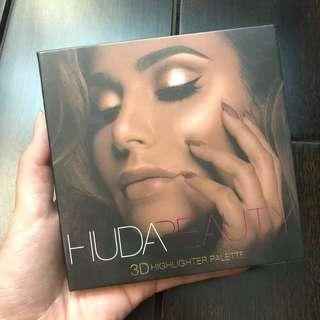 Huda 3D highlight palette golden sands