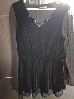 Top velvet hitam s