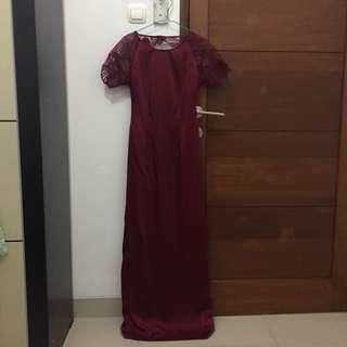 Prom dress maroon