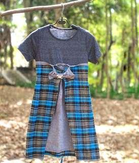 #MauiPhoneX Cute dress grey blue squared