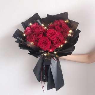 Fresh Flower Bouquet   Heartshape Rose   Fresh Flower