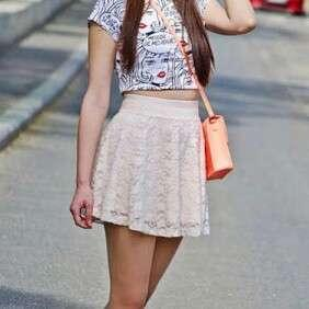 H&M White Lace Skirt