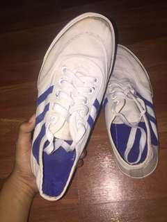 Evans white sneakers / rubber shoes