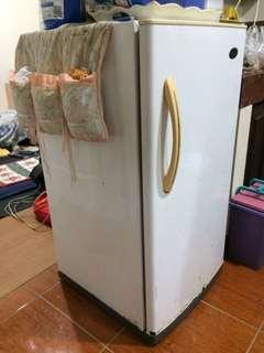 Condura Refridgerator
