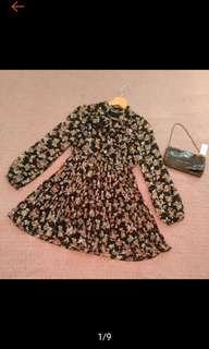 🚚 超美 CANTWO 專櫃 浪漫甜美 蝴蝶結 百褶裙 小碎花 長袖洋裝 連衣裙 九成新