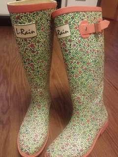 成人女装水靴