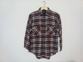 #MauiPhoneX FLANNEL THE VOIDNESS NOT H&M