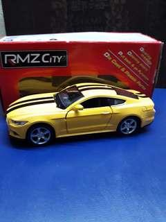 RMZ Ford Mustang 2015
