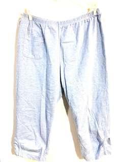 🚚 YVONNE 百貨專櫃居家淺藍色休閒七分褲 - 尺寸M - 純棉超好穿#九月女裝半價