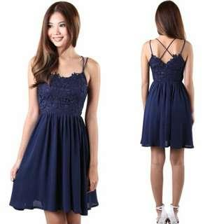 🚚 RTP$35.50 BNWT MGP label Jinger navy crossback strappy lace dress