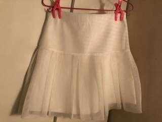 白色短裙 秋冬款 全新 招牌都未拆