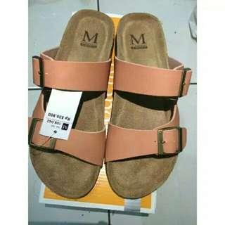 Sandal modello