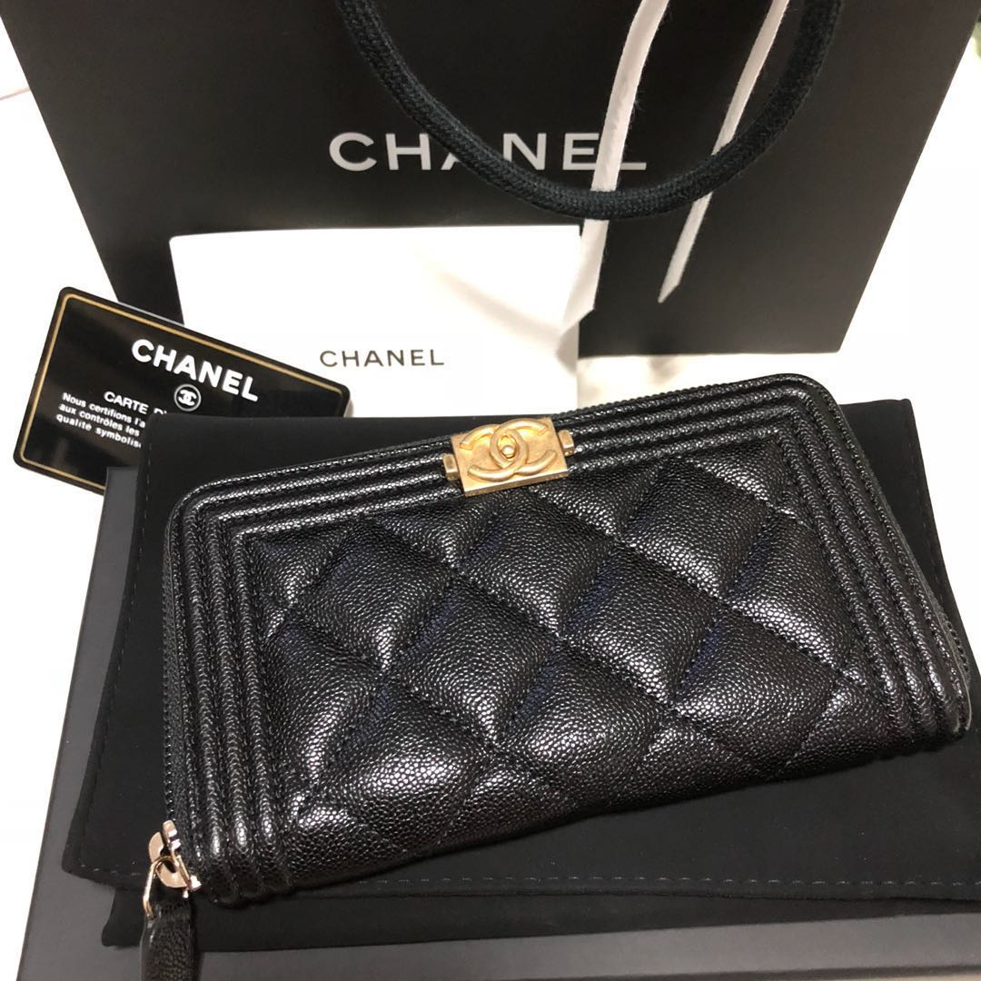 41121868722642 🤩$980🤩Chanel Boy-Chanel Mini zippy wallet, Luxury, Bags & Wallets ...