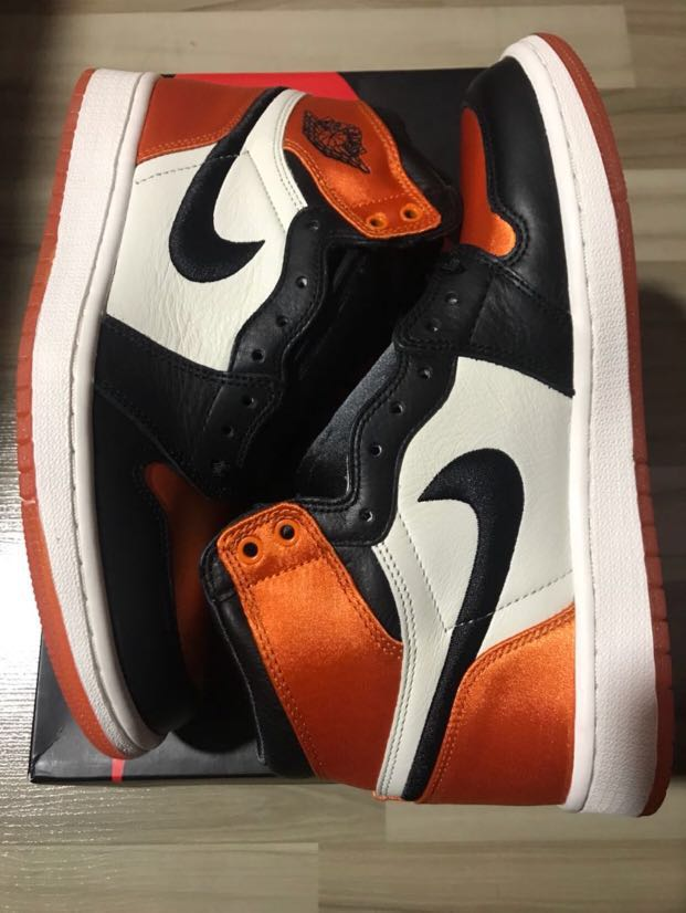 b9fee80f41a Air Jordan 1 Satin Shattered Backboard Size US 7, Women's Fashion ...