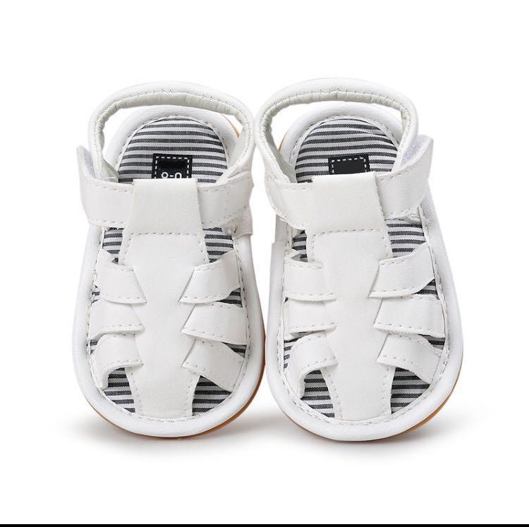 BN Baby Boy White Boat Sandals/ Crib