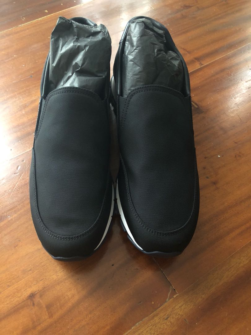 497ab1a2758b8 Home · Men s Fashion · Footwear · Slippers   Sandals. photo photo ...
