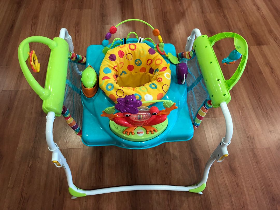 f94b59fb3674 Fisher Pricer First Steps Jumperoo