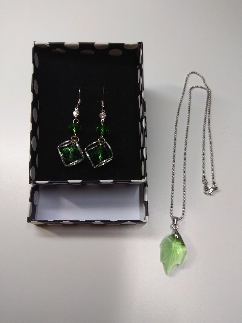 Green SET earring & necklace