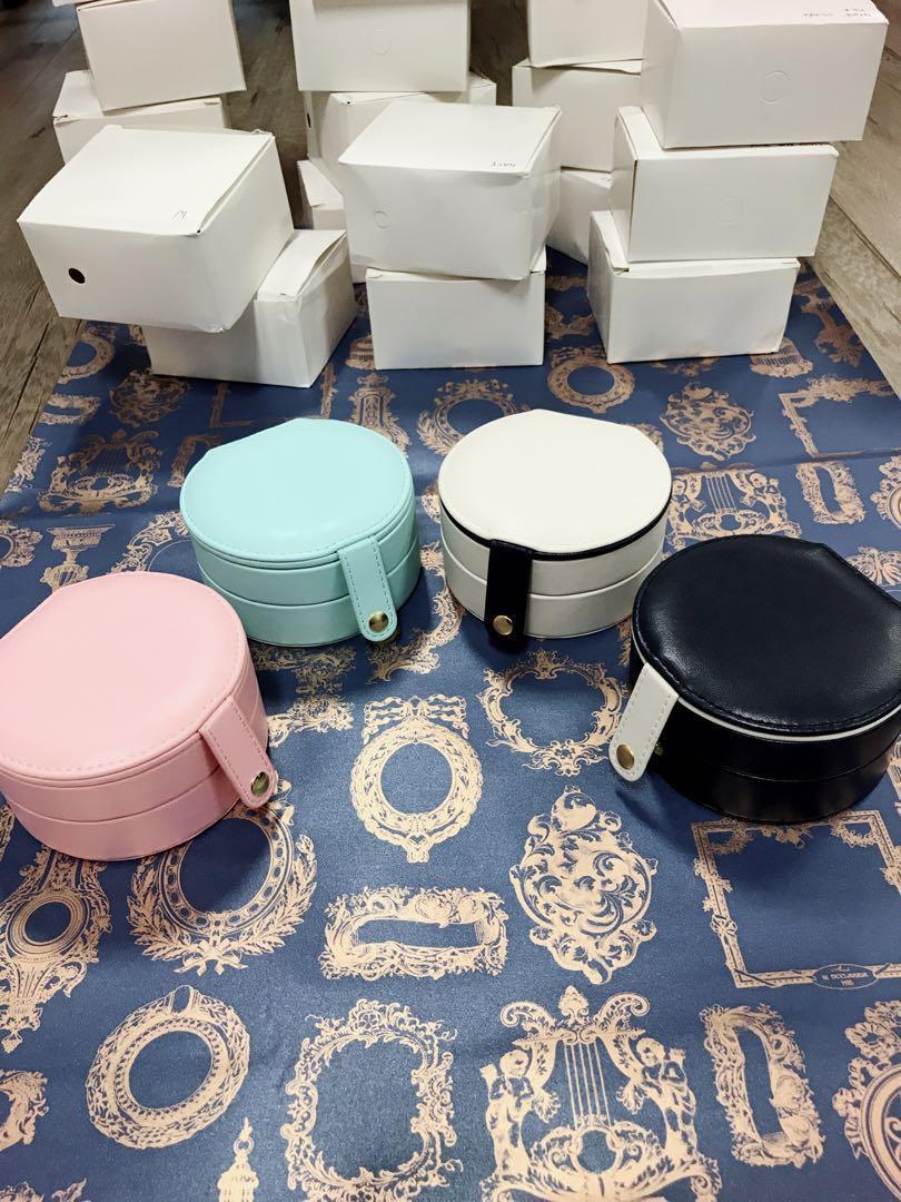(Hot item Restock)MINI Pu leather Jewelry Box Organizer