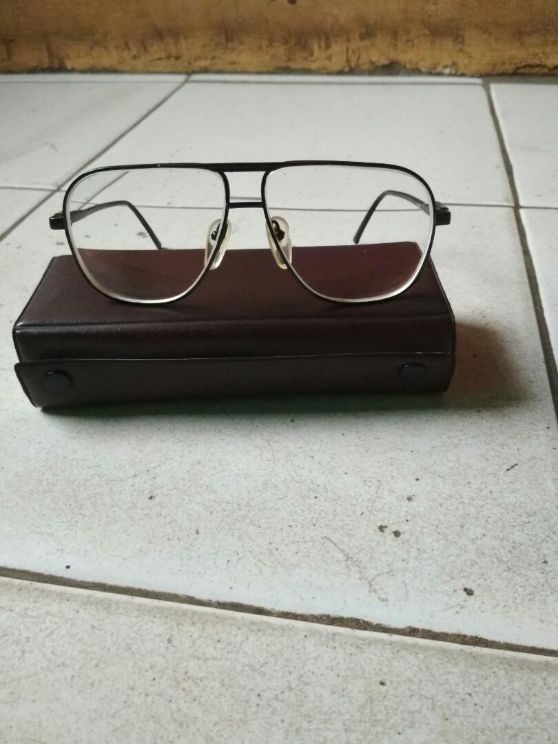 Jual kacamata vinteng merek Nikon antik c5becfd90b