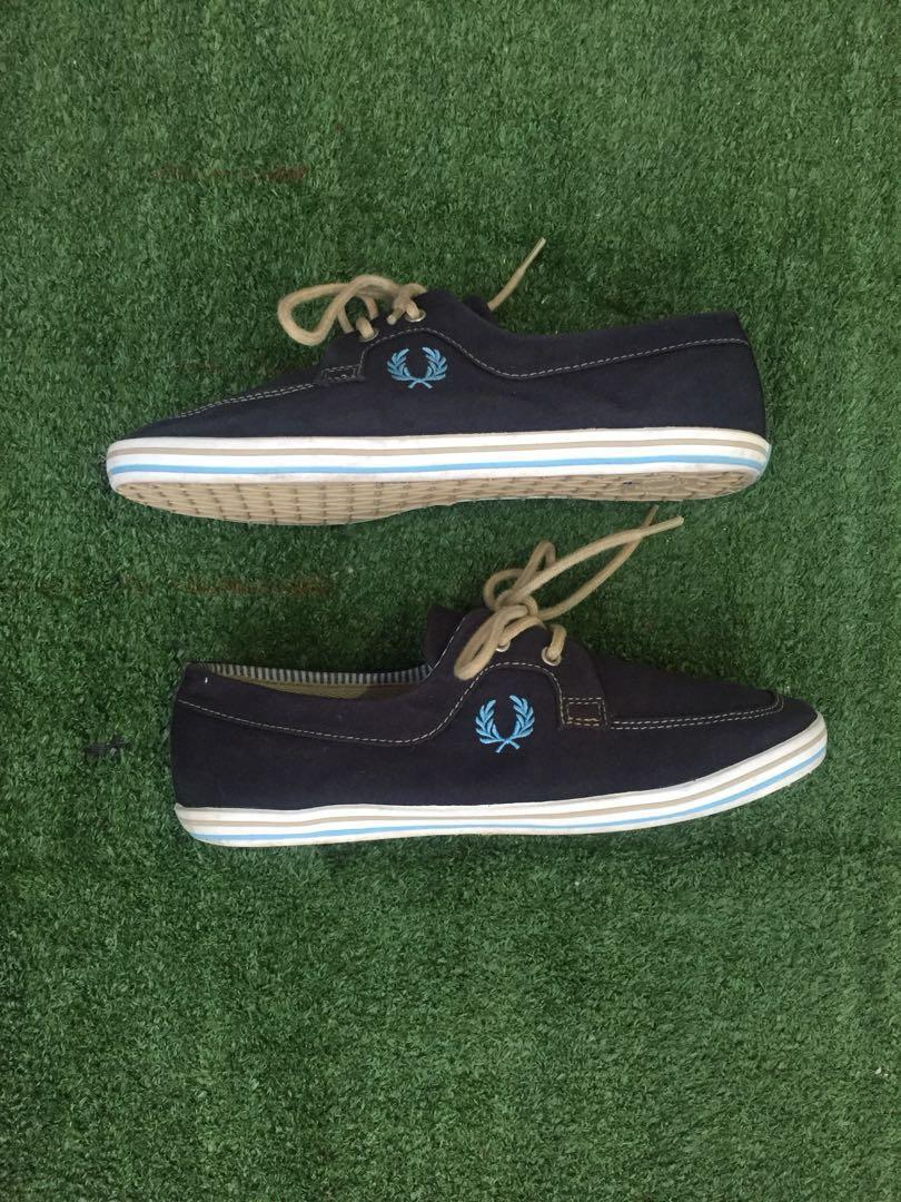 Sepatu Fred Perry Original Men S Fashion Men S Footwear On Carousell