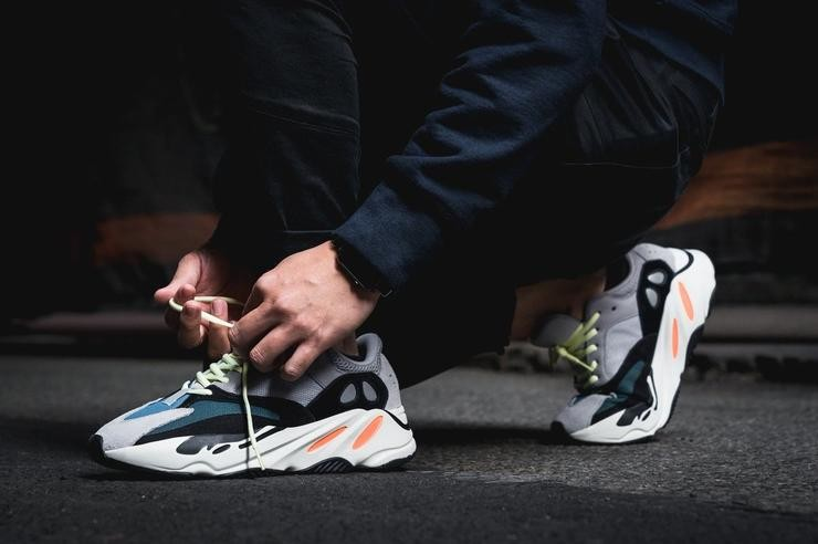 5401ac47f US 9.5 Adidas Yeezy Boost 700 Wave Runner