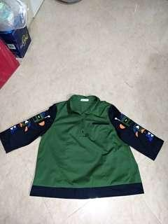 Robot Embroidery Blouse XL Green Black Multi Color