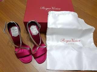 全新 Roger Vivier RV 女神範 酒紅色 高跟涼鞋