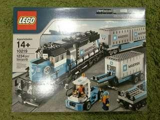 BNIB LEGO 10219 Maersk Container Train + Free Delivery!