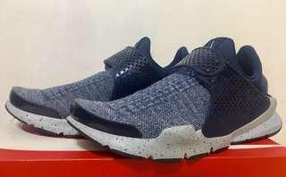 🚚 Nike sock