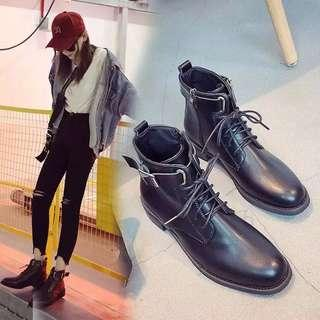 2018 winter new boots children's shoes fashion boots round head square with front belt British Martin boots student short boots