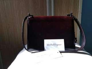 SALAVATORE FERRAGAMO ORIGINAL WITH SERIAL NUMBER AND CARD