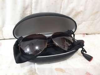 CK-like eyewear