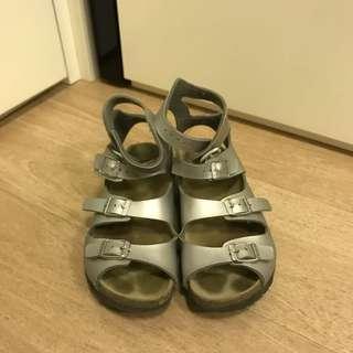 🈹Birkenstock sliver shoes