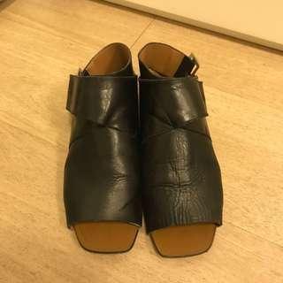 🈹Zara black sandals 黑色露指&露踭涼鞋